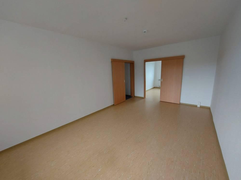 Schrotebogen // Schiebetüren in der Wohnung