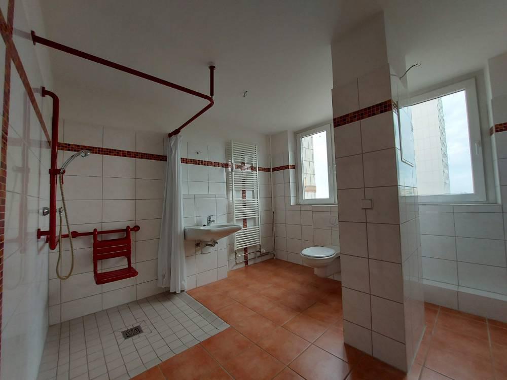 Schrotebogen // Badezimmer