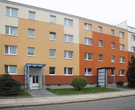 Johannes-R.-Becher-Str. //